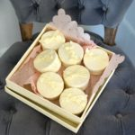 Box of 9 Round Favors